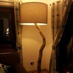 Cilindro su tronco in legno