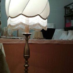 Cupola chiara aperta per lampada a stelo